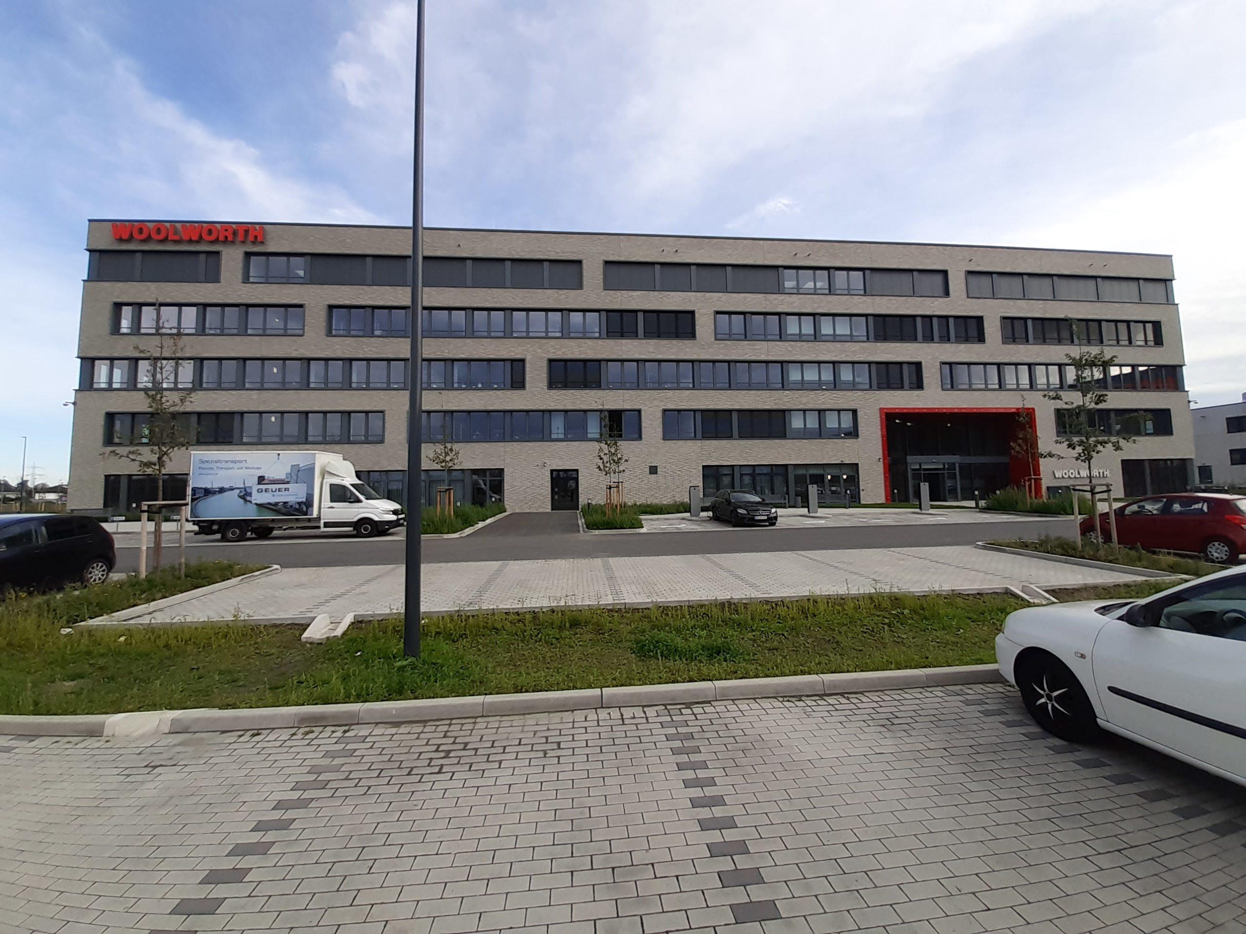 Woolwirth Firmensitz Umzug