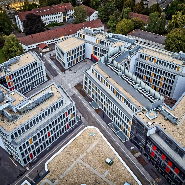 Universität Umzug
